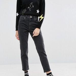 NWOT ASOS petite Farleigh mom jeans, 23